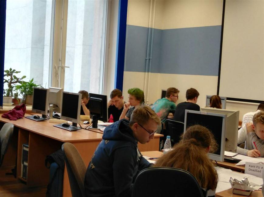 ФИТ на XXI 1/4 соревнованиях командного ЧМ по программированию среди студентов Западного региона